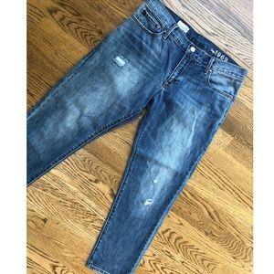 Women's Gap sexy Boyfriend jeans!